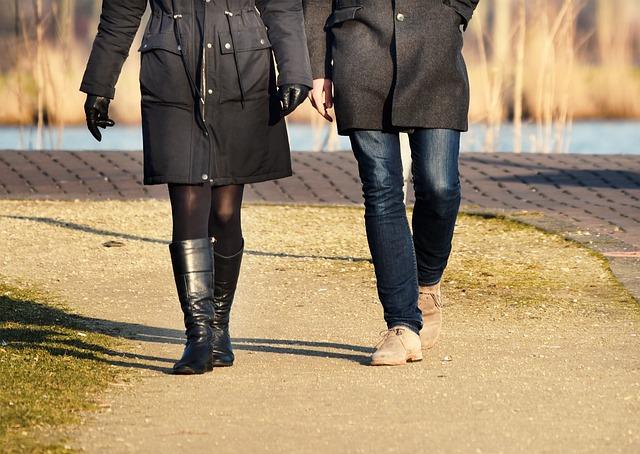 丈夫養蟑螂養出病來,妻子受不了憤而離婚